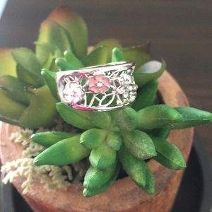 Silver ring with pink and white flowers